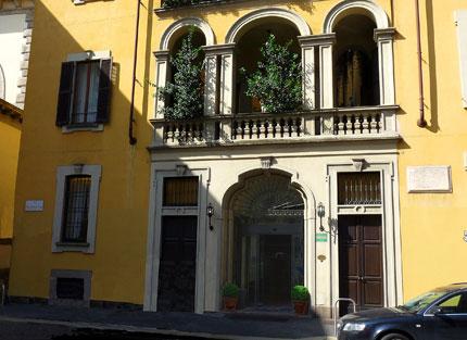 Golden click hotels 25 giorgio pizzocaro milano for Giorgio iv milano