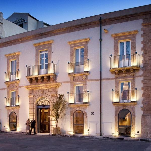 Hotel d 39 autore algil ortigia charme hotel siracusa for Siracusa hotels ortigia