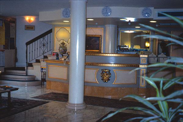 Hotel Majestic  Dono